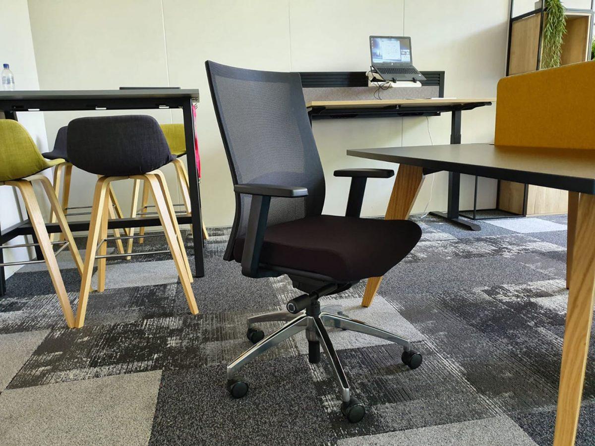 chrome base, operator chair, spider base chair, office chair