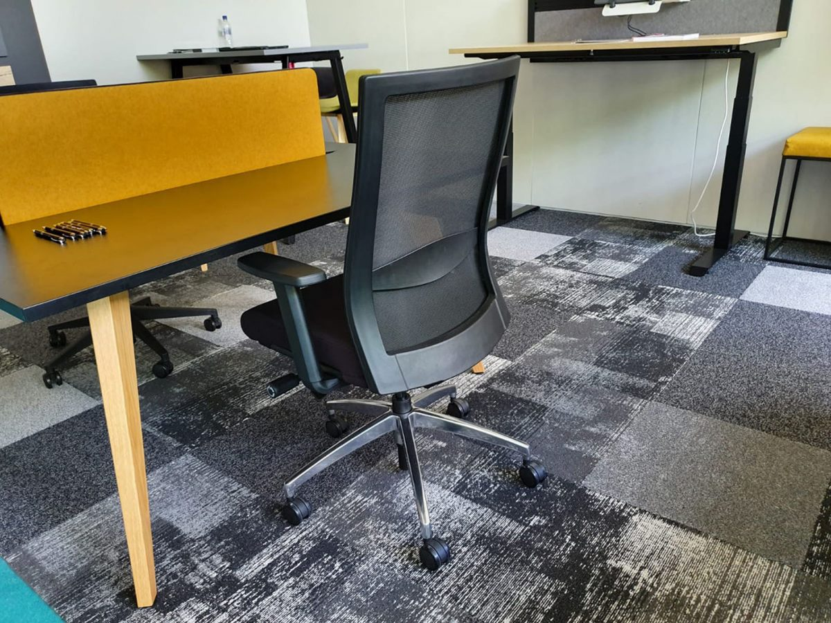 operator chair, affordable office chair, chrome spider base, office seating, black office chair